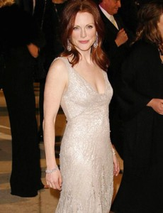 julianne moore picture3 What Natural Organic Skin Care Products Are Celebrities Using?