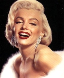 marilyn monroe Top 10 Most Gorgeous Celebrity Lips in Hollywood