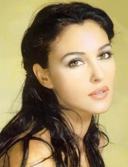 monica bellucci Top 10 Most Gorgeous Celebrity Lips in Hollywood
