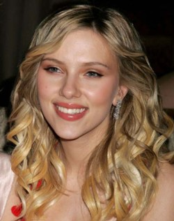 scarlett johansson Top 10 Most Gorgeous Celebrity Lips in Hollywood